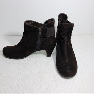 Aerosoles Ankle Boots Brown Suede Fabric 6.5